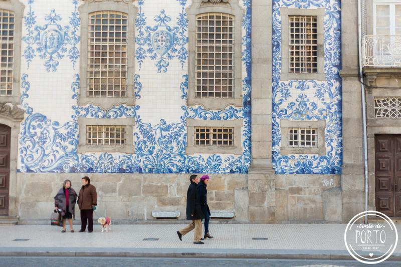painel-de-azulejos-igreja-do-carmo