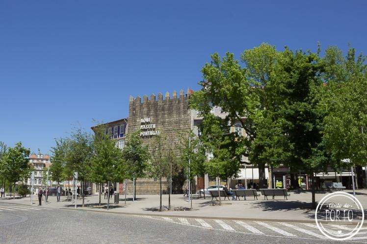 muralha aqui nasceu portugal guimarães