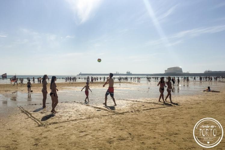 Praia de matosinhos porto Portugal_4