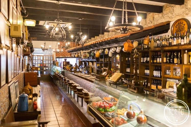 Cozinha do Manel restaurante comida tradicional Portuguesa no Porto Portugal 14